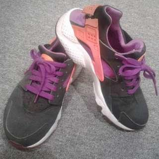 Used Female Shoes for sale