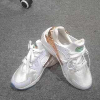 New Female Sport Shoes for Sale