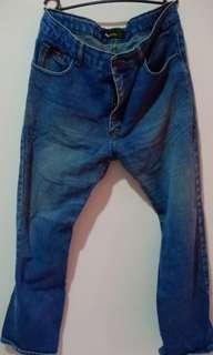Jeans lelaki