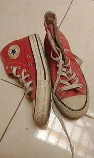 Converse red high..