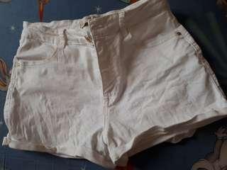 Zara highwaisted shorts