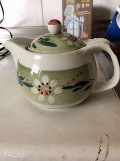 🚚 泡茶壺