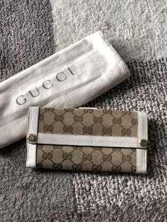 Authentic Gucci Long Wallet With Dustbag
