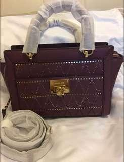 BN authentic Michael Kors Tina Small TZ Messanger Bag Plum