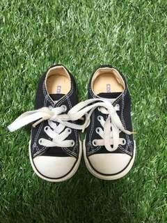 Converse Shoes (US Toddler Size 5)