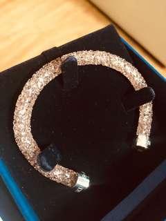 Authentic Swarovski Crystaldust in pink (small)