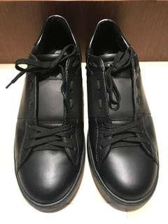 Valentino Sneakers size 42
