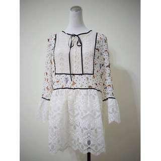 正韓 蕾絲裙襬蕾絲袖蝴蝶結雪紡上衣洋 洋裝 上衣 蕾絲裙擺