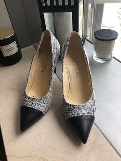Chanel pearl high heels shoes