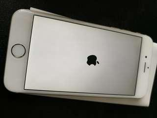 Selling pre-love good condition iPhone 6 128GB gold