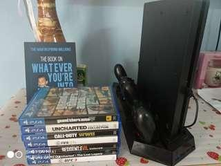 Ps4 second hand include 7 cd games