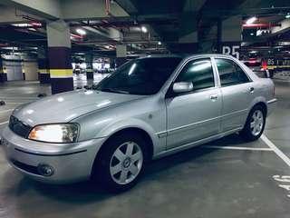 2002年 Ford tierra