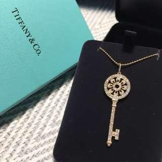 (現貨出價可議、免稅店購入、含18K項鍊) Tiffany & Co_ TIFFANY KEYS 18K金花瓣鑰匙鍊墜