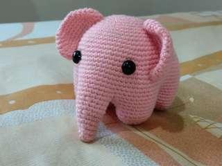 Boneka rajut amigurumi ellie (pink)