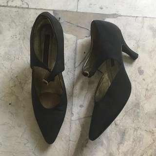 Preloved Larry Stuart Collection Shoes