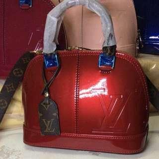 LV bag Cowhide material  trendy style bag