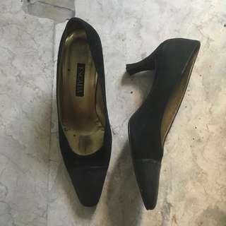 Preloved Escada Shoes
