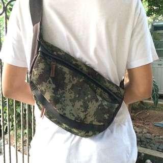 GGOODSTUFF Sling Bag/Fanny Pack