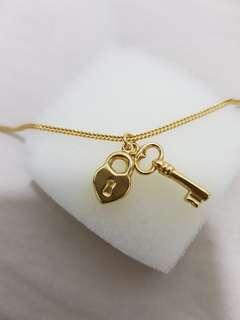 Emas 916 loket pendant key padlock and strawberry love