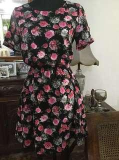 H&M divided floral dress (Red and Black)