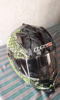 'LS2' Large size Helmet with visor good as new!!!