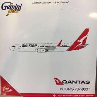 (Gemini jets ) Qantas Boeing 737-800 (VH-VXM)