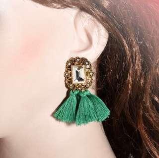 'Carrie' Pretty Faux Rhinestone Tassel Earrings