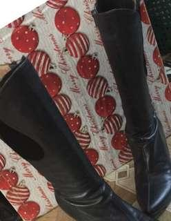 Stylist boots