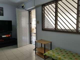4rm Flat near Market and Hawker Centre