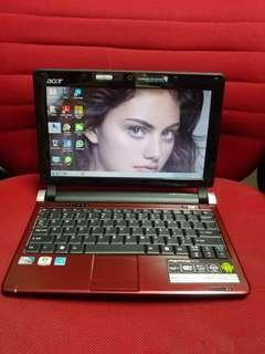 Acer red internal camera good for study