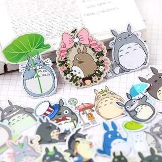 🚚 [In stock] Totoro stickers flakes