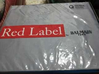 Red label by balmain paris (queen sized bed sheet set)