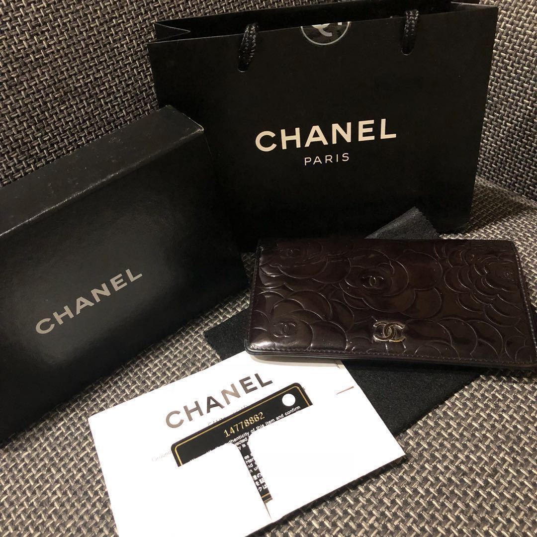 28ae981900c9 💯Authentic Chanel Camellia Long Wallet