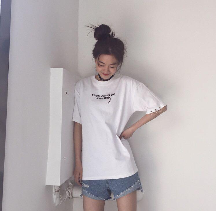 BNWT - Embroided hoop-accent t-shirt