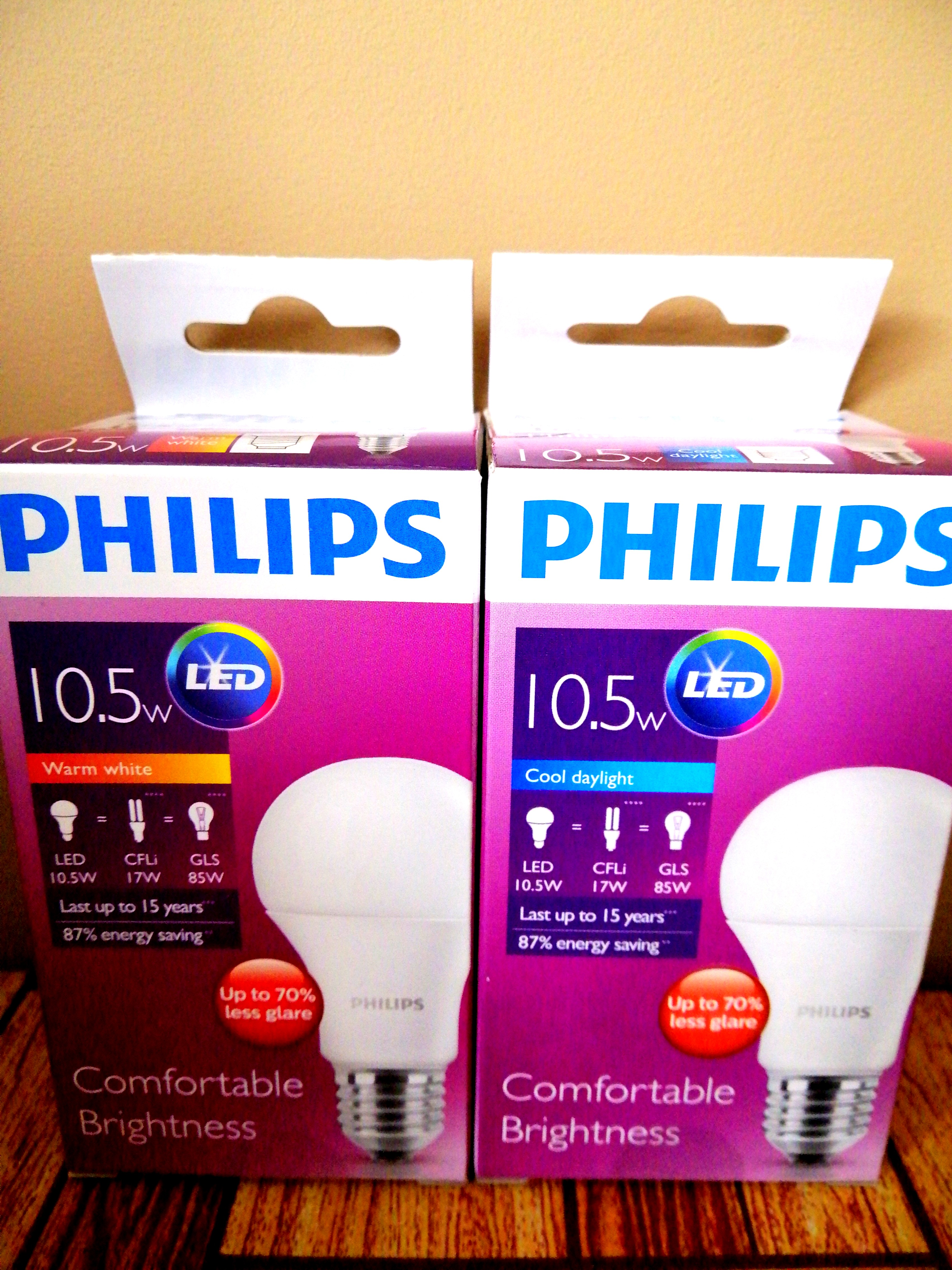 c3ddd7b85be Brand New  Philips 10.5W LED Bulb (Warm White Cool Daylight ...