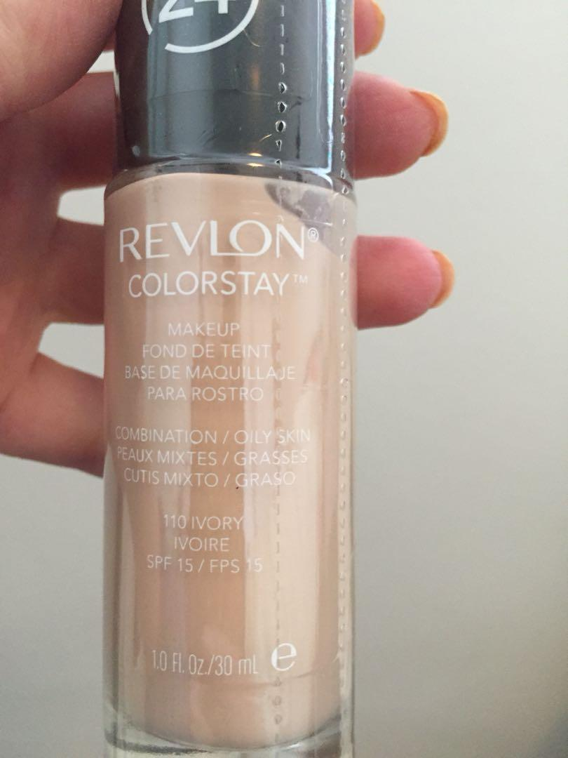 Brand new unopened Revlon Colourstay foundation combination/oily skin. Shade: 110 ivory