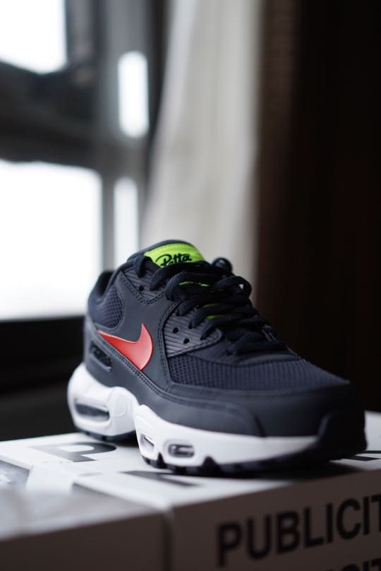 sports shoes 091a6 486e0 Nike x Patta AM90 95, Men s Fashion, Footwear, Sneakers on Carousell