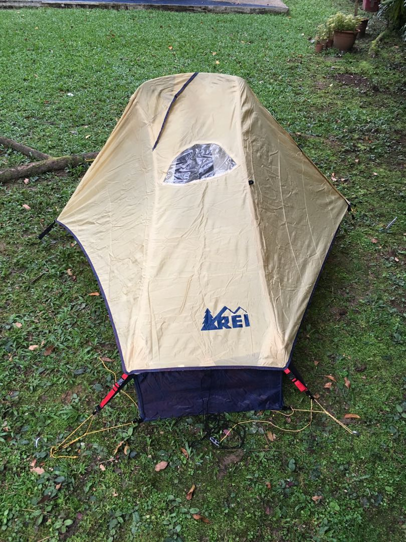 photo photo ... & REI Roadster 1-2 person Tent Sports Sports u0026 Games Equipment on ...