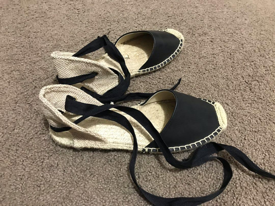 SOLUDOS - size 6 Black Leather and Jute Espadrilles