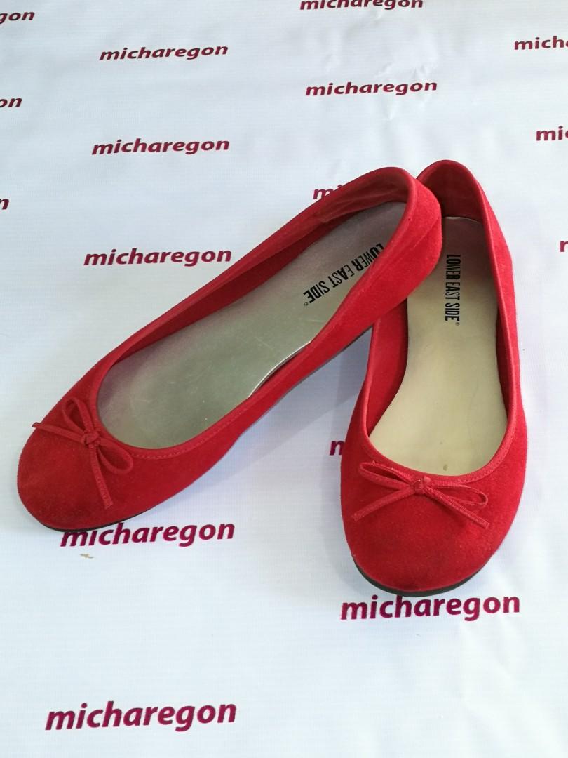9d12a3a169948 Sz 8.5 Red Payless Flora Velvet Ballet Flats