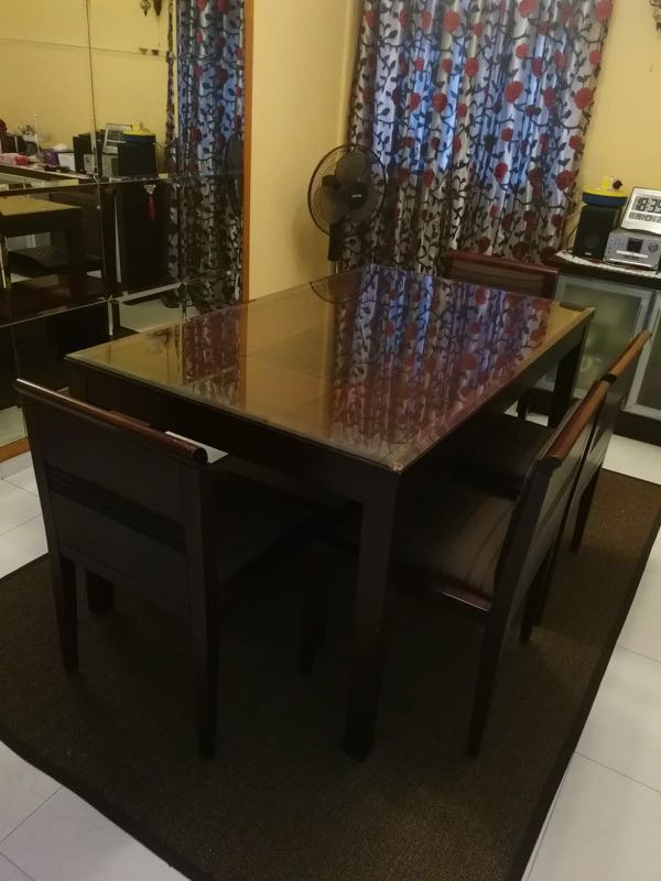 ZEN Dining Table With 4 Chairs And 1 Bench Furniture Tables