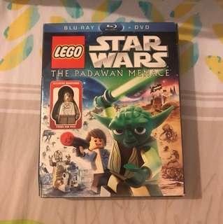 Blu ray + DVD Lego Star Wars: The Padawan Menace with Young Han Solo Minifigure