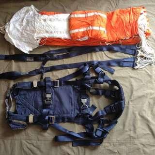 退役降落傘 Used Parachute