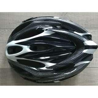 Basecamp Bike Helmet NEW ($20)