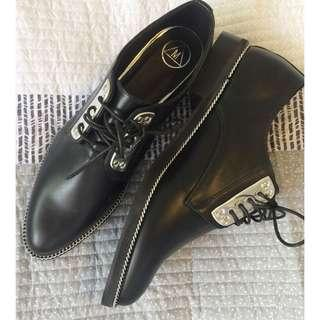 Missguided brogues