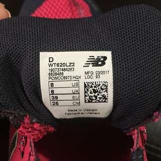 NB rubber shoes