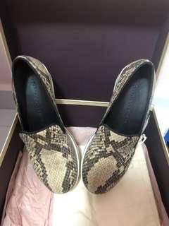 Stella McCartney size 36C Us 6