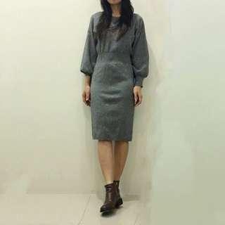 🚚 GU灰色針織縮腰包臀洋裝 連衣裙