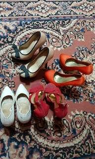 GIVEAWAY ALERT: 4 Parisian shoes for the price of 1!