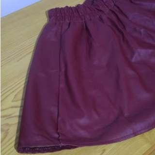 氣質酒紅皮質裙